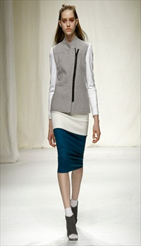 Bethany at Commuun Fall/Winter 2011