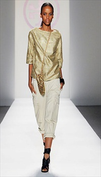 Cici at Tory Burch Spring/Summer 2010