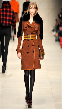 Edie at Burberry Prorsum Fall/Winter 2011
