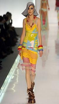 Sarah at Christian Dior Spring/Summer 2005